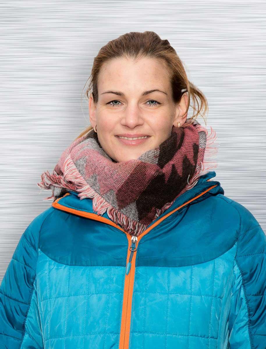 Angela Holzem