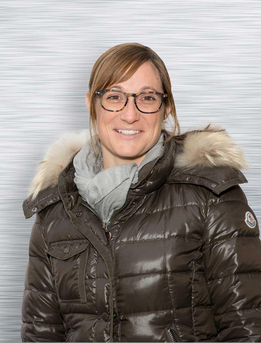 Anita Holzem